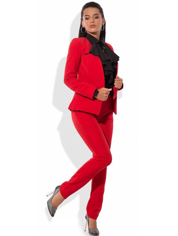 Оригинальный красный деловой костюм