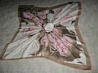 Платок Chanel шерстяной можно приобрести на выставках в доме торговли Киев