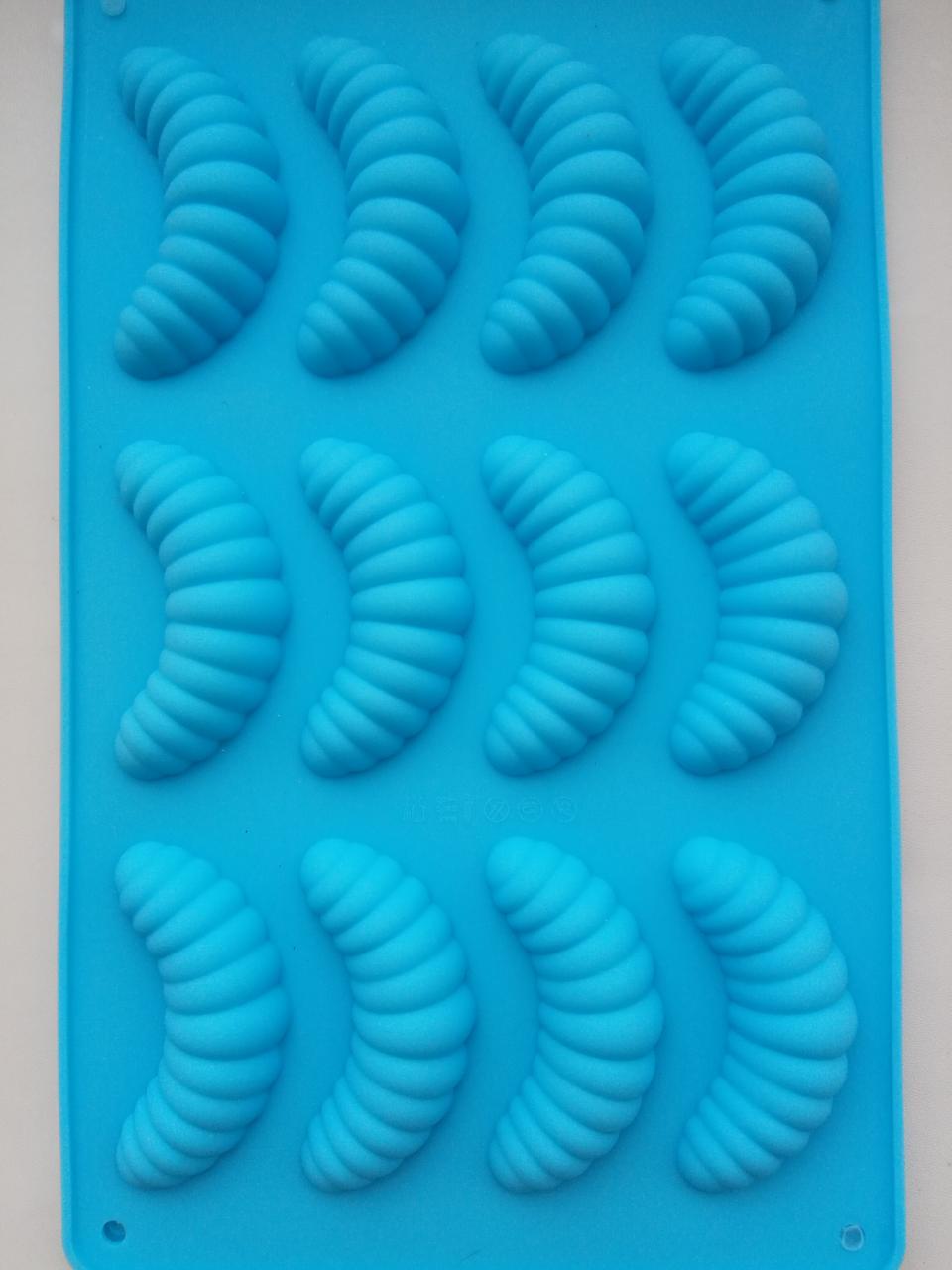Силиконовая форма для десерта Гусеничка 12 шт