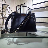 Стильная женская сумка FENDI PEEKABOO 33 см с декорированным ремнем