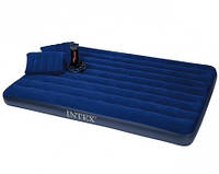 Матрас надувной Intex  + ручной насос и 2 подушки, 152см