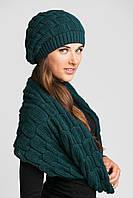 Очаровательный комплект из шапочки и шарфа-петли.
