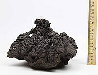 Камень Unzan 4 с кратером