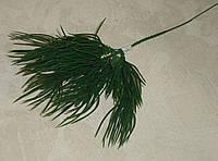 Ветка - дополнитель хвои темно-зеленая, фото 1