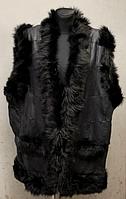 Жилетка женская теплая из натуральной кожи и овчины черного цвета