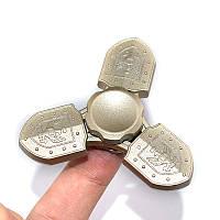 Tri-SpinnerShieldShapeAluminiumAlloyцветful Rotating Fidget Hand Spinner EDC Уменьшите стресс-игрушки