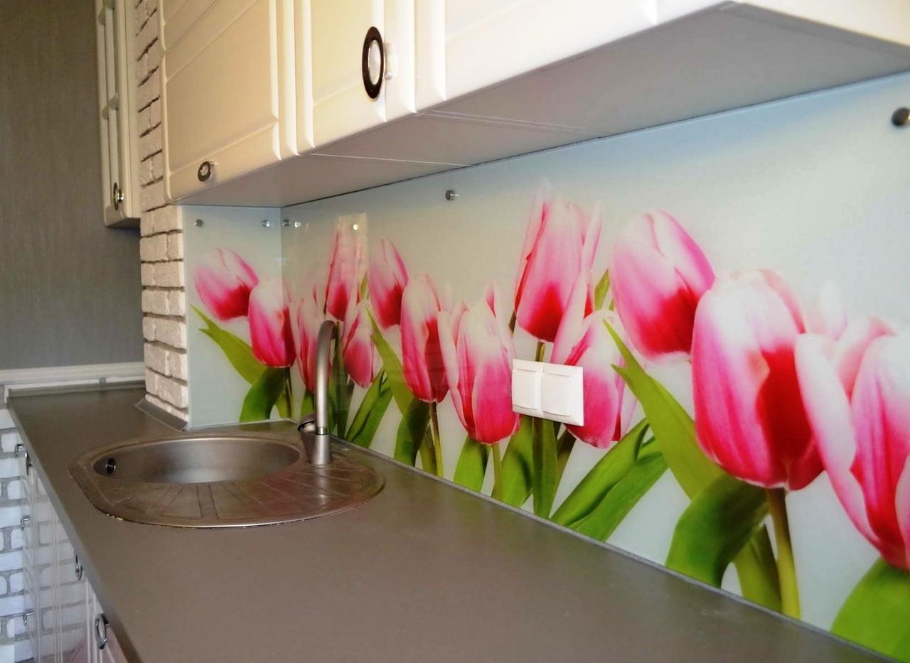 Скинали с изображением тюльпанов розового цвета