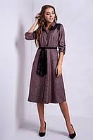 Стильное женское платье с поясом, бордового цвета
