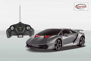 Машина Lamborghini Sesto Elemento