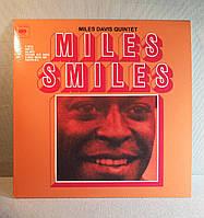 Miles Davis - Miles Smiles, фото 1