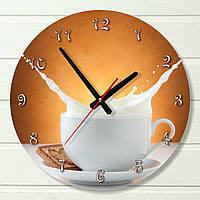 "Настенные часы на кухню - ""Чашка молока"" (на пластике)"