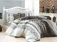 Комплект постельного белья двуспального размера с абстрактным рисунком