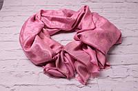 Хит сезона! Пудровые тона люрексовый палантин-шаль  Louis Vuitton розовый вышит золотой нитью