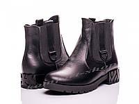 Зимние женские кожаные ботинки  V 1132