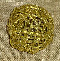 Куля з лози 10 см золотий в блискітках