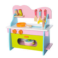 Детская деревянная кухня (плита, духовка, посуда)  17038