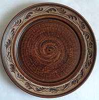 Тарелка с узором ангоб, диаметр 20 см.