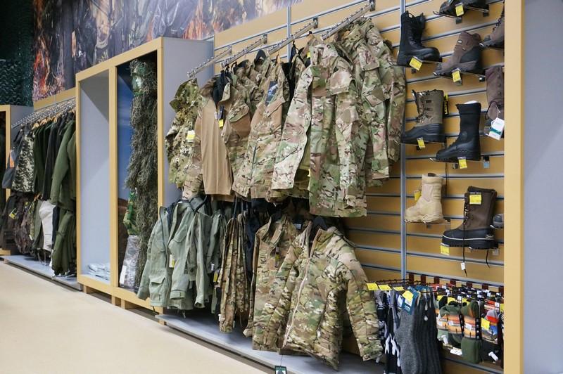 Виготовлення Торгового обладнання для магазину полювання та рибалка