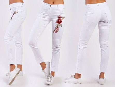 """Женские летние стильные брюки до больших размеров 1162/2 """"Джинс Цветок Вышивка"""" в расцветках, фото 2"""