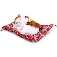 Мягкая детская игрушка в виде спящего котенка с симуляций звуков
