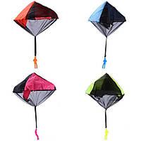 Дети рука бросать парашют игрушки на открытом воздухе смешная игра запутывают свободно парашютом игрушку