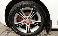 Колпачки на колесные гайки (силиконовые), красные, на гайку 19 мм