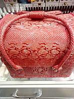 Чемодан текстурный красный