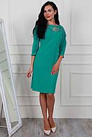 Красивое бирюзовое платье с паетками прямого фасона