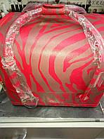 Красивый бьюти кейс Зебра красная