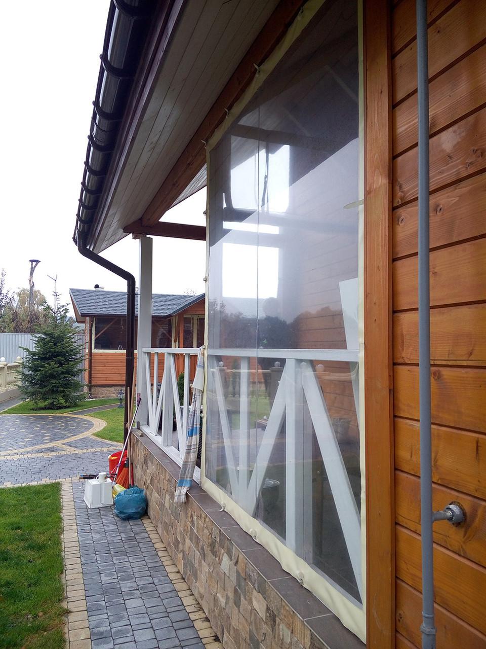 Защитные, мягкие прозрачные окна пвх и шторы.