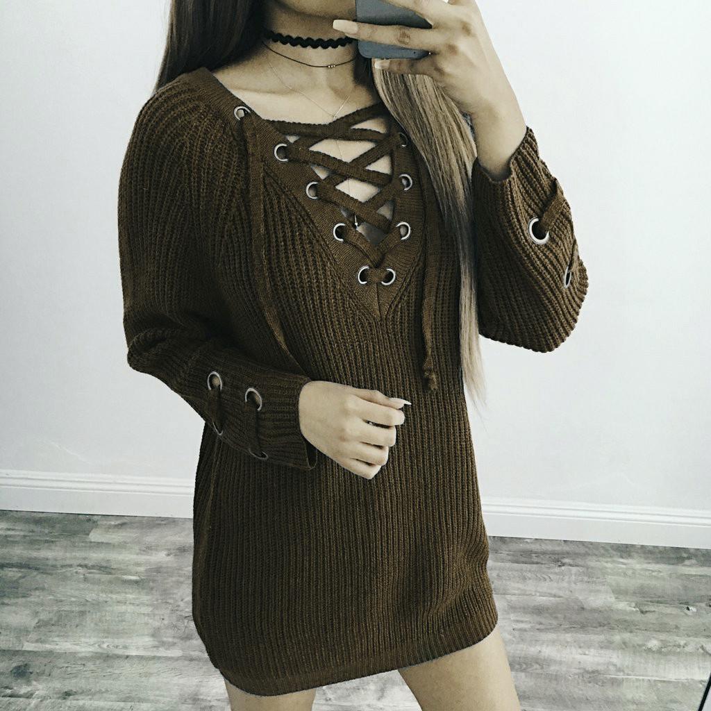 b1077eccade Женский удлинённый свитер туника с колечками на шнуровке хаки ...