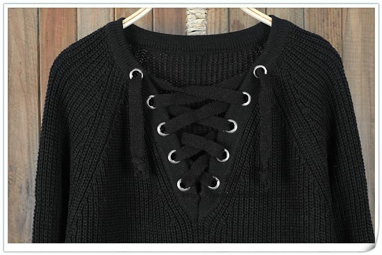 2bed14c70c5 Женский удлинённый свитер туника с колечками на шнуровке черный ...