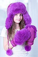 Теплая шапка для девочки фиолетового цвета