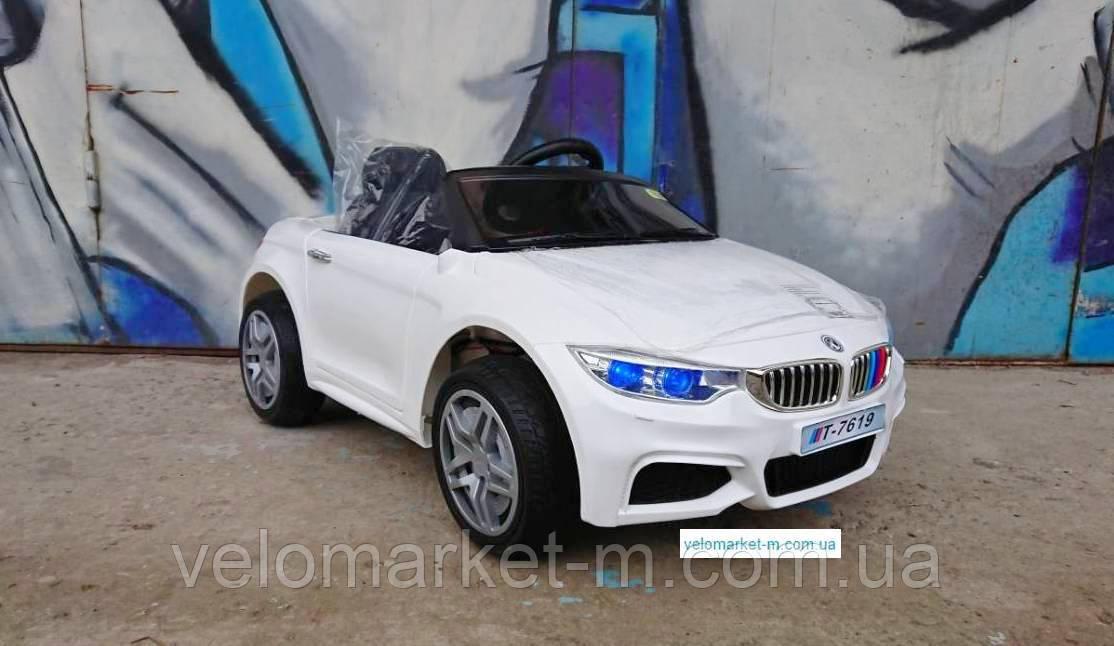 Електромобіль BMW білий