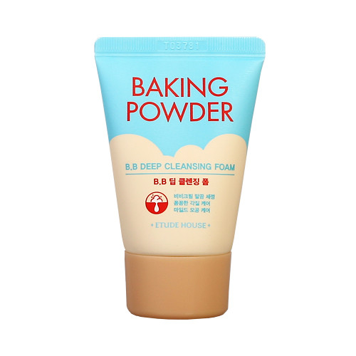 Пенка для умывания для глубокого очищения Etude House Baking Powder BB Deep Cleansing Foam - 30мл