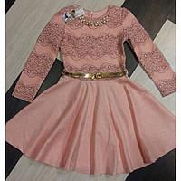 Нарядное платье с гипюром и цепочкой для девочки.