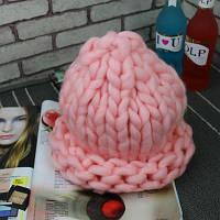Женская шапка из крупной вязки Хельсинки розовая