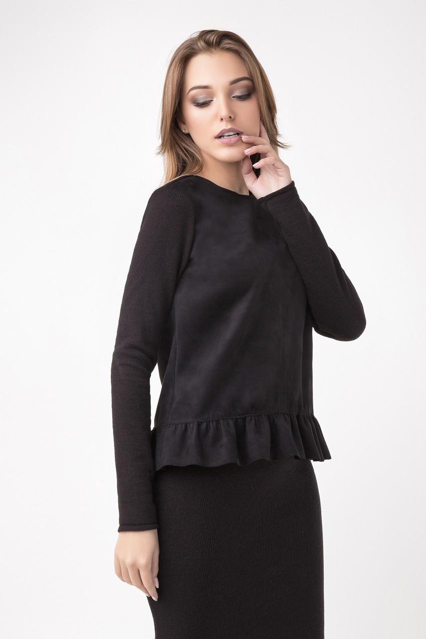 Элегантный женский блузон с рюшей, черного цвета