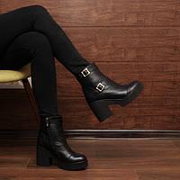 Женские зимние ботинки на широком каблуке и платформе модель 7257.1