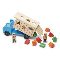 MD9397 Shape-Sorting Dump Truck (Деревянный самосвал-сортировщик)