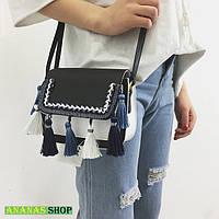 Маленькая черная сумочка с бахромой