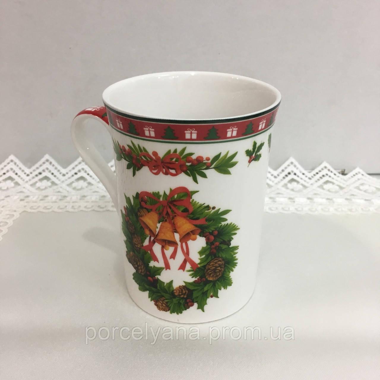 Чашка фарфоровая Новый Год в коробке 300 мл