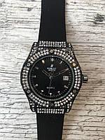 Женские наручные Черные часы HUBLOT с камнями