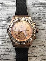 Женские наручные черные золотые часы с камнями HUBLOT