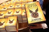 """""""Гаррі Поттер і Прокляте дитя"""" - восьма книга- п'єса!"""