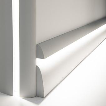 Плінтус, карниз для прихованого освітлення, молдинг Orac Decor C373, 200 x 8 x 4.9 cm