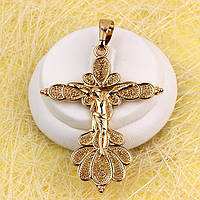 010-0758 - Оригинальный позолоченный кулон-крест с распятием и узором