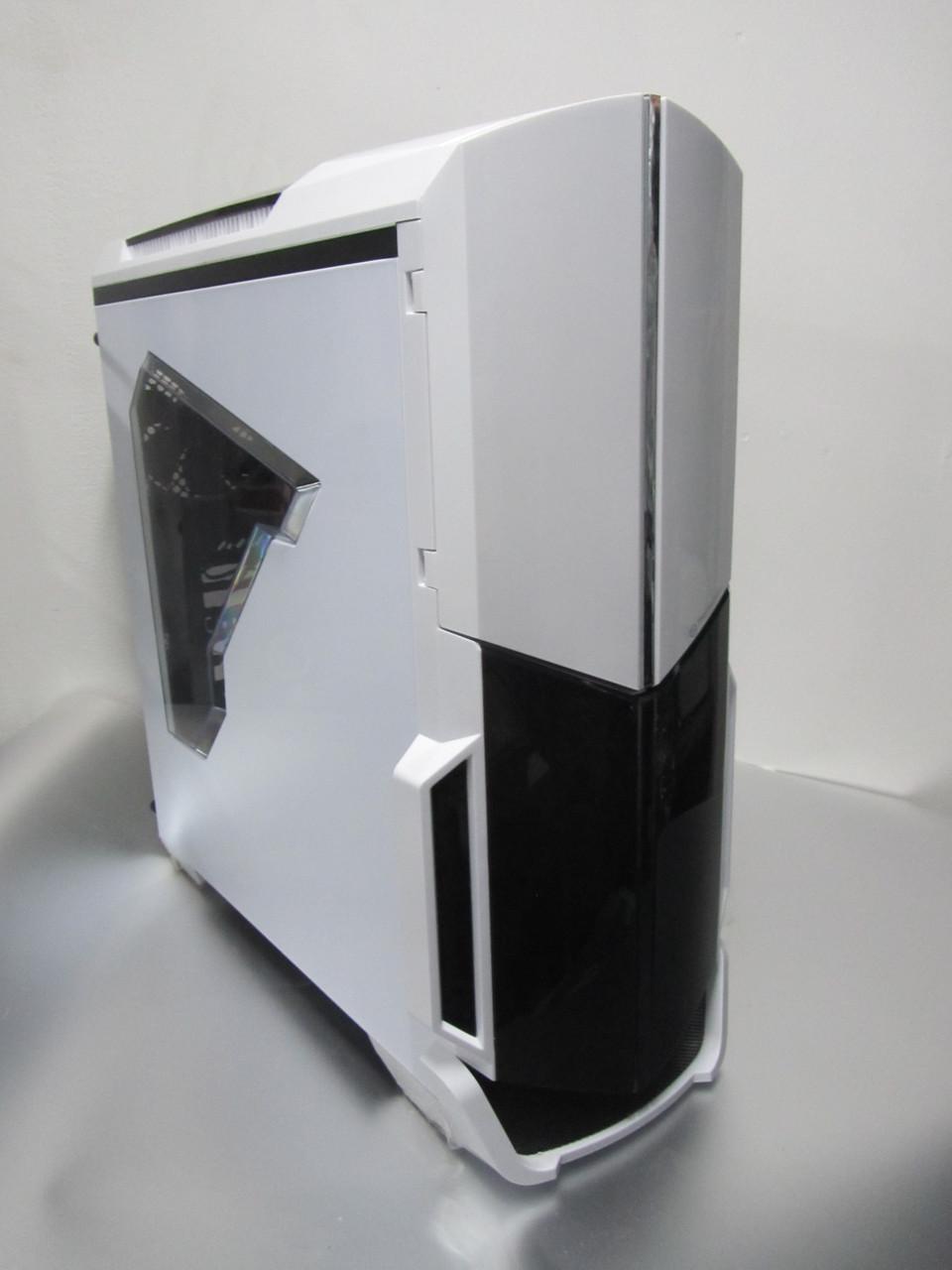 Стильный компьютерный корпус Thermaltake Versa N21 White для геймеров