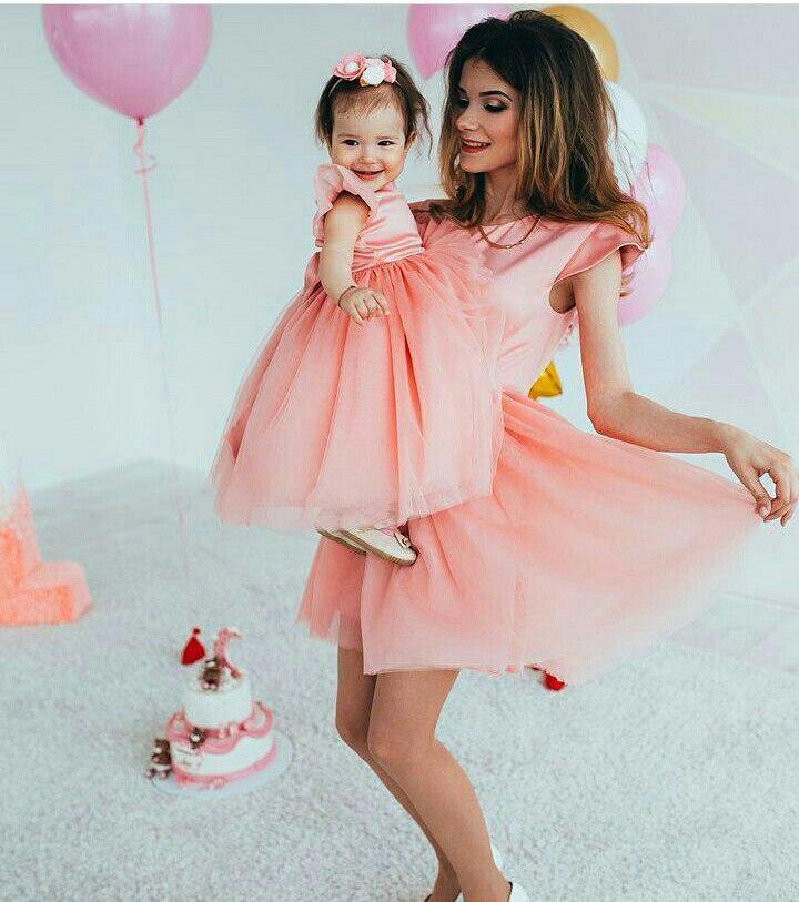 26c0459959c9e6e Комплект одинаковых платьев мама и дочка из атласа и фатина - Интернет-магазин  одежды и
