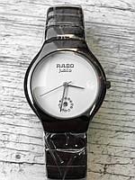 Женские наручные черные часы RADO